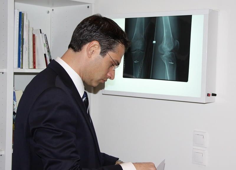 Ορθοπαιδικός Χειρουργός Δόβρης - Ιατρείο Γλυκά Νερά
